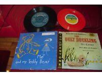 SET OF 2 OLD SINGLE VINYL RECORDS