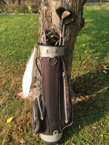 MEN'S GOLF CLUBS WITH CARRY BAG