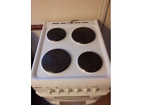 Beko electric cooker with grill and hobs. Fully working, very clean. Can be delivered and connected
