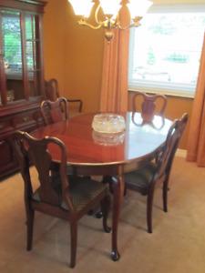 Gibbard Dining set