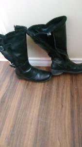 Black size 11 tender tootsies boots