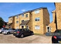 1 bedroom flat in Swans Hope, Loughton, IG10 (1 bed)