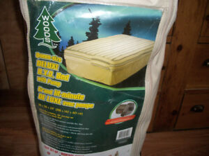 WOODS Deluxe bed and pump