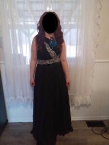Black Dress Size 6/8
