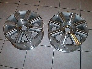 pair of rims 17 inch  for 2009 lincoln mkz mint condition