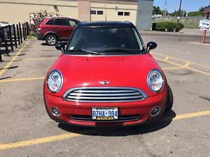 2009 MINI COOPER CLUBMAN - RED