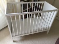 """""""MAMIA' Wooden Cot"""