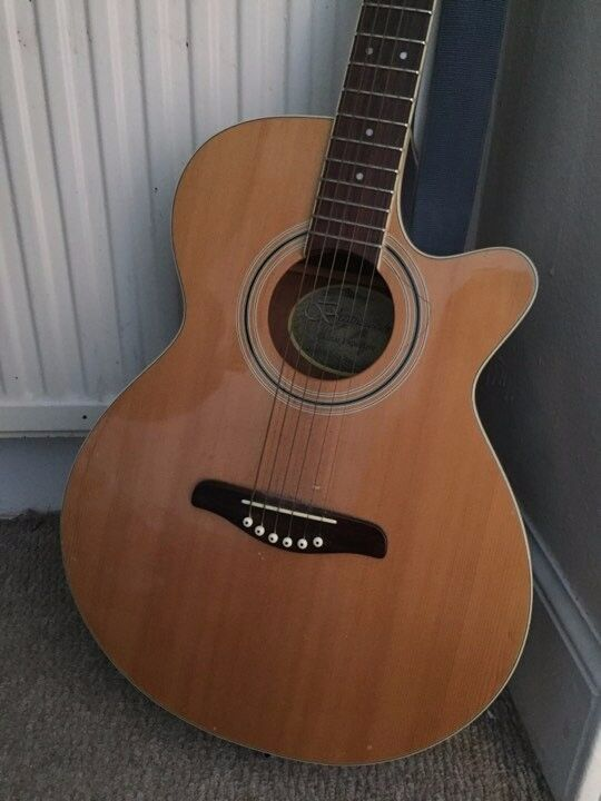 BRUNSWICK SEMI ACOUSTIC GUITAR IN GOOD CONDITION NEWTON STEWART