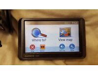 Garmin Nuvi with car charger and holder - In full working order
