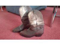 Men's Cowboy boots size 8.5