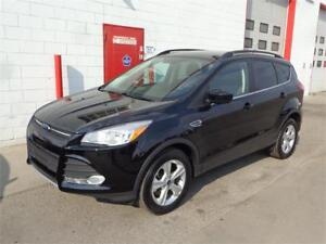 2016 Ford Escape SE AWD ~ 11,000kms ~ Backup cam ~ $23,999
