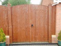 'Atkinsons' Garden/Driveway gates
