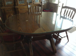 Solid Oak Table/chairs