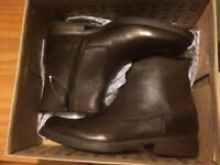 Mens Clarks Boots Size 9 NEW
