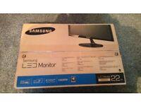 """Samsung 22"""" LED Monitor"""