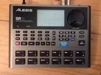 Alesis SR 18 drums n bass pedal