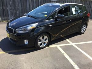 2014 Kia Rondo Automatic, Heated Seats, Bluetooth,