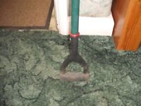 High Quality Metal Long handled Hoe (perfect condition)