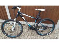 Trek 4700 hard tail mountain bike