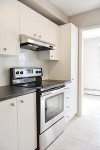 1 Bedroom - St. Lambert - Renovated Kitchen and Bathroom