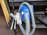 small blue 1400 w hoover in working order