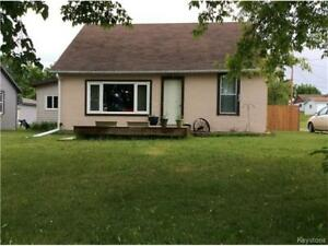 Affordable house in Erickson-minutes to Clear Lake, Mb.