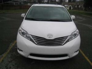 2011 Toyota Sienna XLE - Leather - Fully Loaded - One Tax