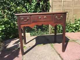 Antique Georgian low boy / side table