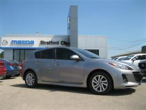 2013 Mazda Mazda3 GS-SKY - LUXURY PACKAGE,ONE OWNER,NO ACCIDENTS