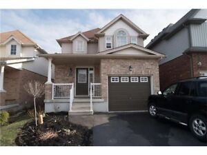 BEAUTIFUL 3 BED / 2.5 BA FAMILY HOME for RENT in KITCHENER