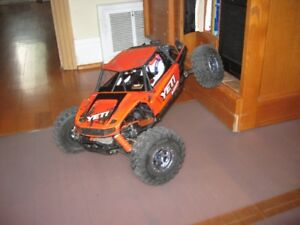 AXIAL YETI 380 1/10 contacter: 514-863-6999