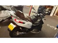 Piaggio MP3 500 LT Business ABS - Ride on Car License - FSH - Low mileage - Excellent Condition