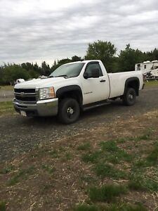 2008 Chevy 2500 great condition