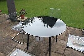 Dining table, black glass top