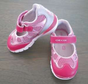 Chaussures pour fille GEOX - pointure 4,5 (20 - EUR)