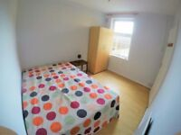 Nice double room available in Purley -