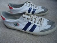 TST leather trainers UK10
