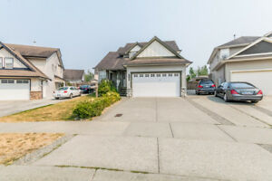 3 Storey Home For Sale in West Abbotsford