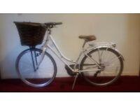 Kingston Hampton Ladies Dutch Style City Bike with Basket