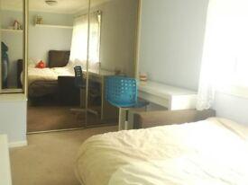 Double Rooms to rent in Penicuik (EH26)