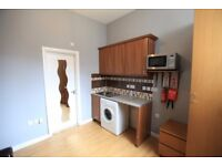 Studio flat Available to rent - sole occupants only