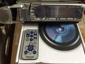 Cd Player w/remote centre speaker