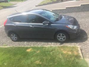 2012 Hyundai Accent * Faible Kilométrage* *Négo*