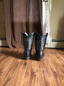 Bull riding boots