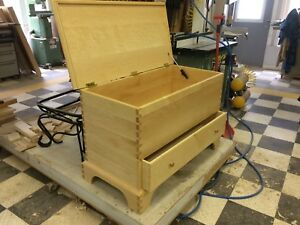 Shaker dovetailed blanket chest