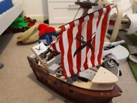 Early learning pirate ship
