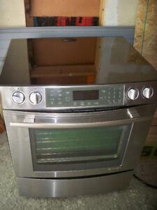 High end Appliance ---JENN AIR 30'