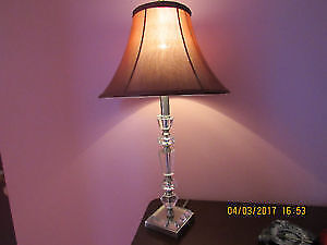 Like new crystal base bedside lamp with new LED bulb