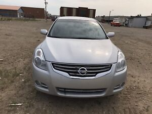 2010 Nissan Altima 2.5 S 88000 kms