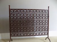 FIRE SCREEN/GUARD